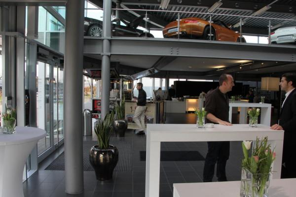 porsche hofheim schira cafe porsche hofheim 2012 900 33 schira mobil galerie. Black Bedroom Furniture Sets. Home Design Ideas